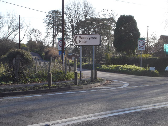 Junction on A338 at Breamore