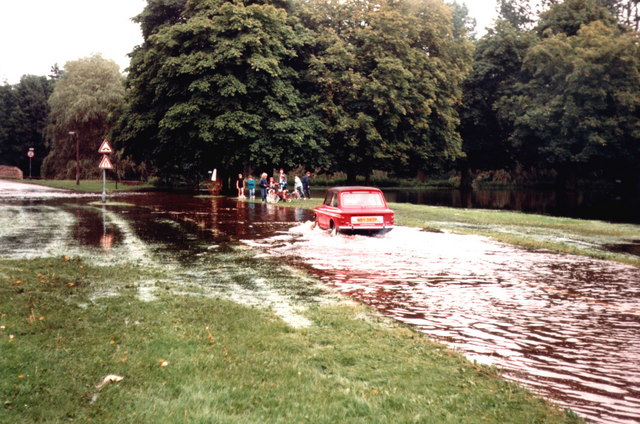 Flood Nuns Bridges Thetford 1987