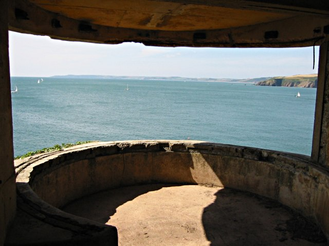 Searchlight Housing at Brownstone Battery