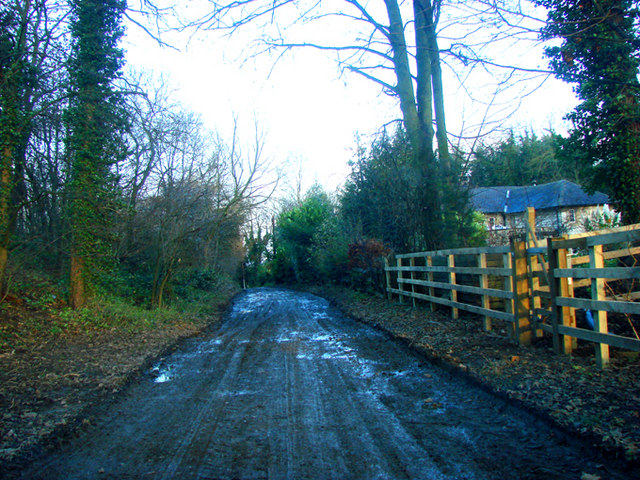 The northern end of Chantry Lane.