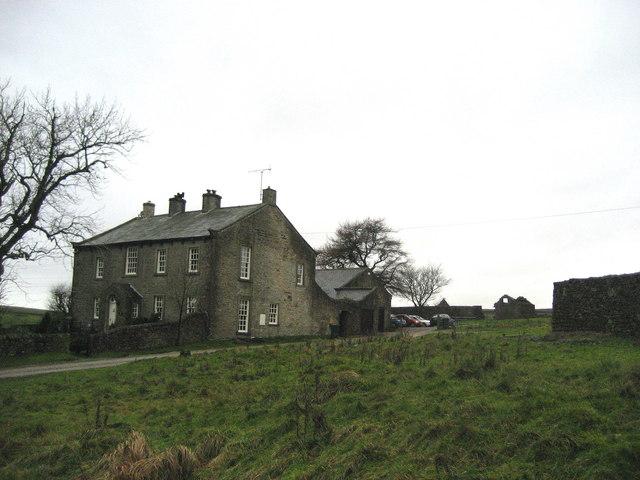 Yarnbury House