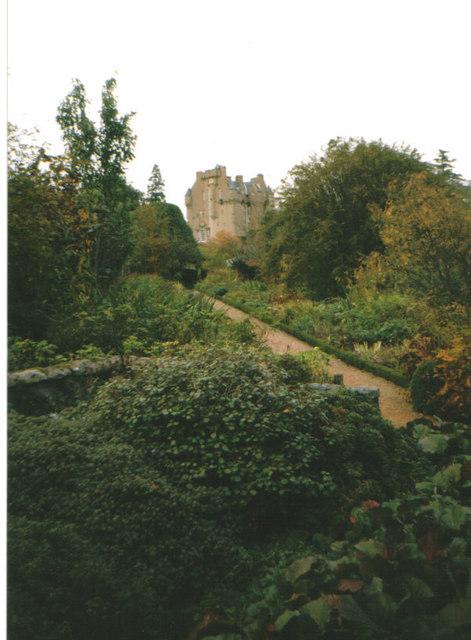 Crathes gardens