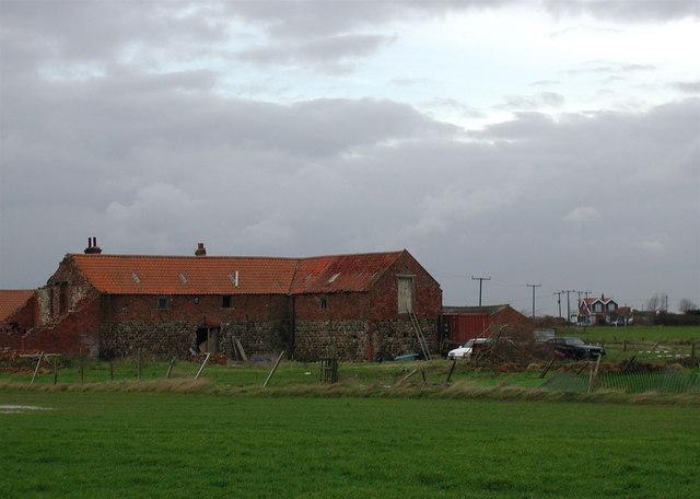 Nevilles Farm, Hollym