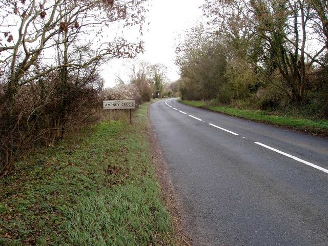 A417 East approaching Ampney Crucis