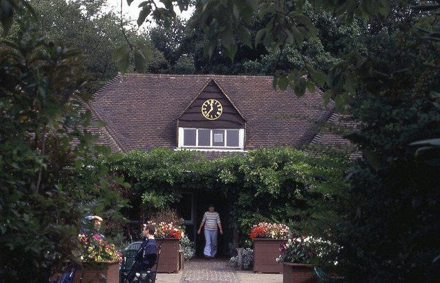 Pavilion in Highgate Wood