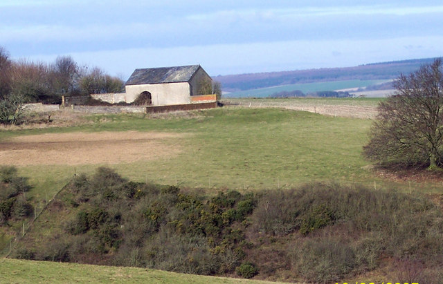 Farm Buildings on Hunts Down