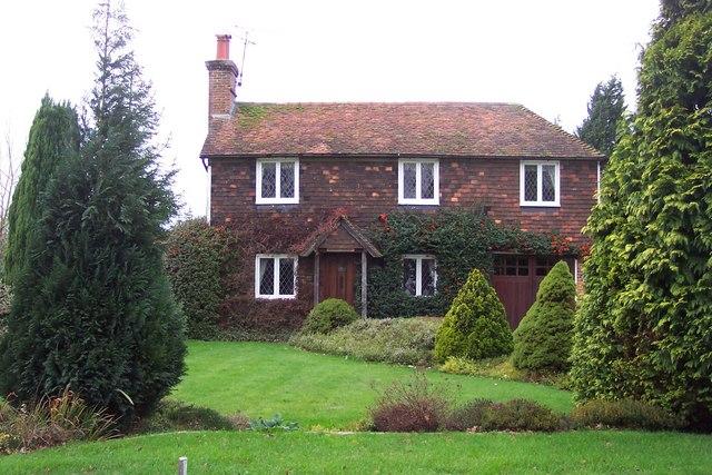 Peg-tile cottage