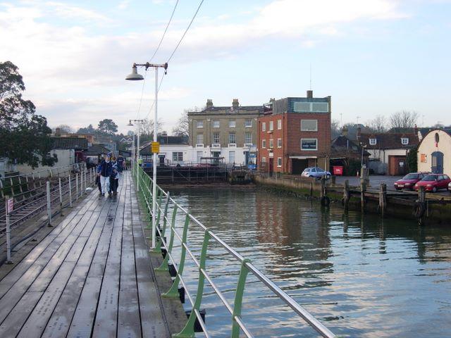 Hythe Pier (land end)