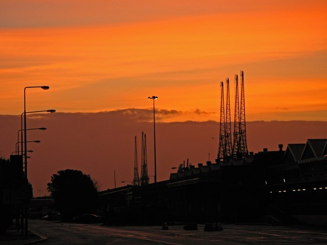 Sunrise in Southampton docks