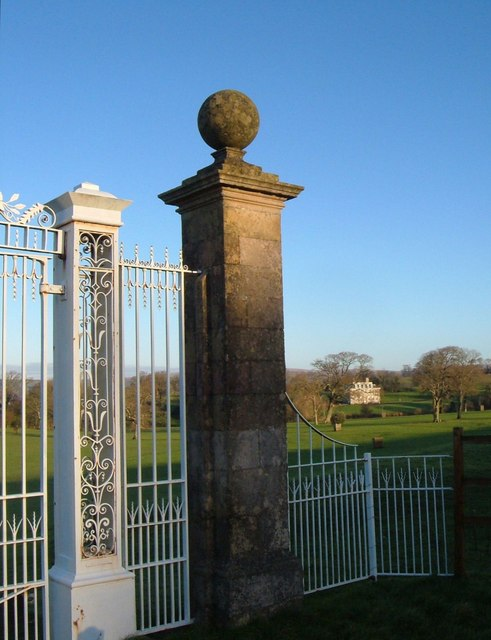 Gate to Lyneham House