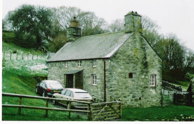 Gwernouau Farmhouse.
