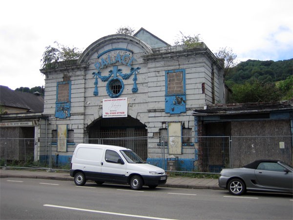 Palace Cinema, Risca