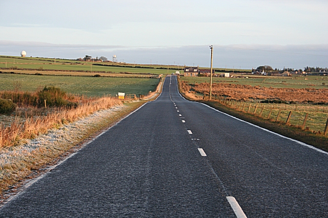 Approaching Tyrie on the A98