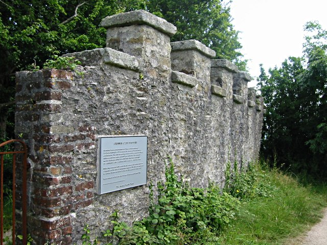 Crinnis Cliff Battery Wall