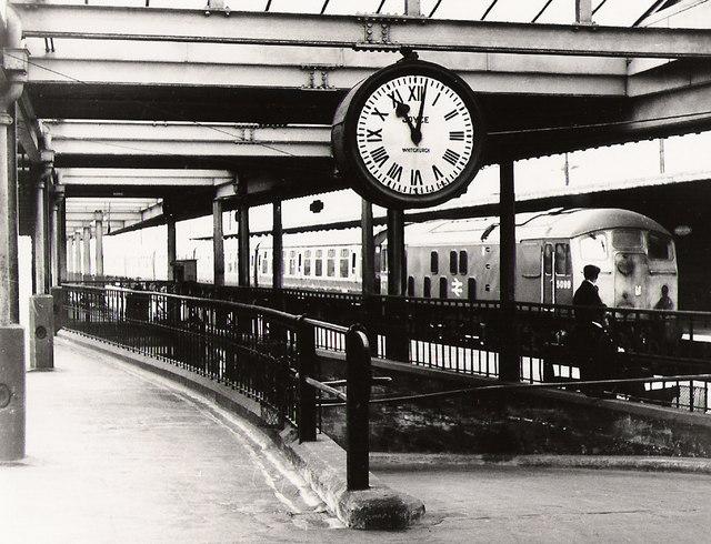 Barrow train arrives at Carnforth
