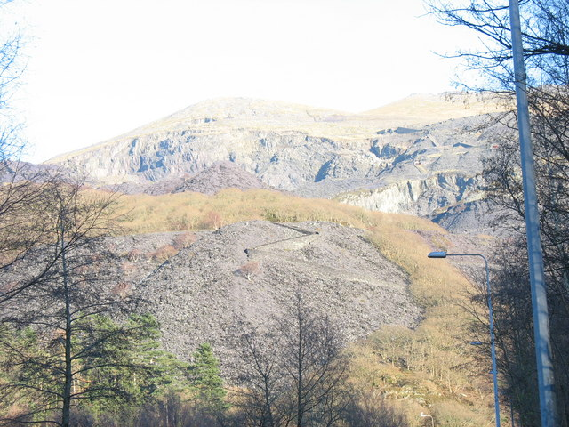 Llwybr Main (the zig-zag path) from Llanberis