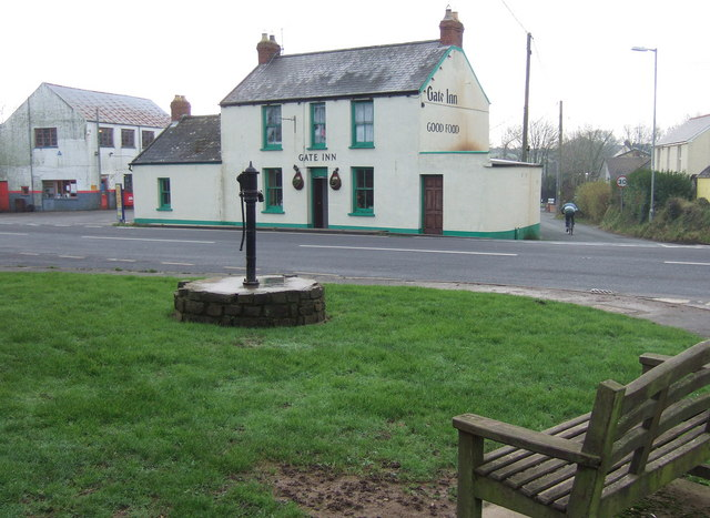 The Gate Inn and old village pump