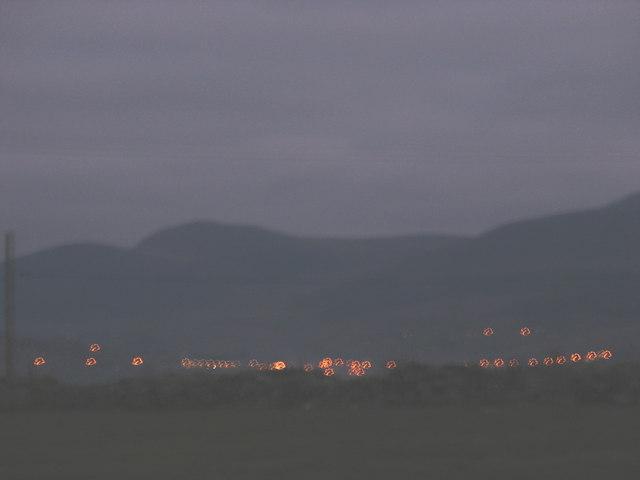 The lights of Deiniolen at dusk