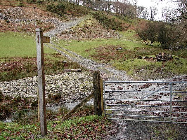 Footpath to Pen yr Allt fâch