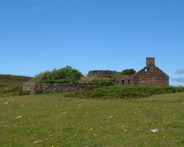 Ruined croft and Broch