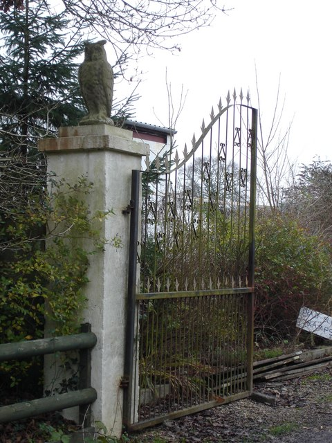 Gate at entrance to Orange Groves, Horton Heath