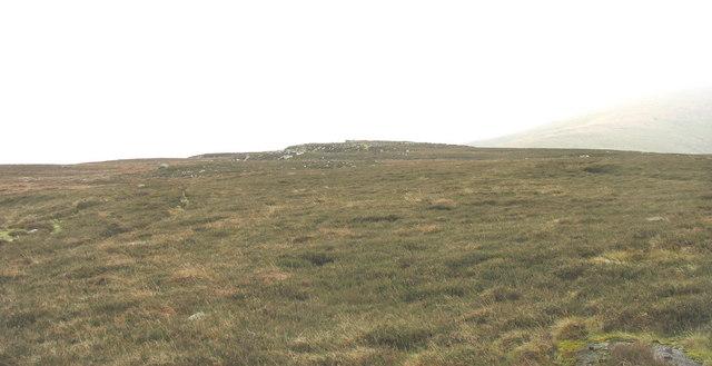 The summit plateau of Cefn Du