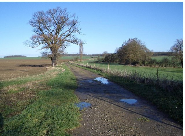 Three Shire Bridleway near Lavendon