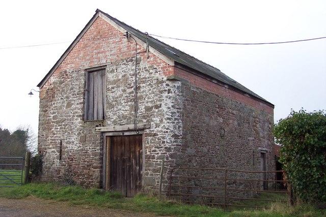 Old barn at Twyn-y-Sheriff Farm