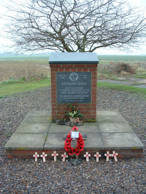 Memorial to 452nd Bomb Group Deopham Green