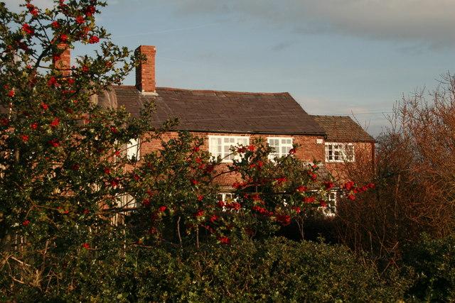 Farm Cottages near Alpraham Green