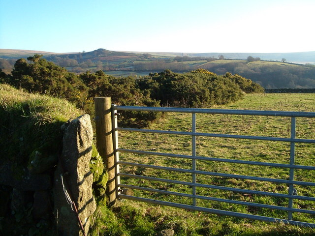 Gateway near Standon Steps