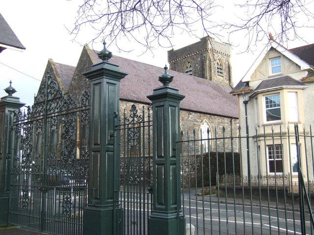 Christ Church and park gates, Caerfyrddin/Carmarthen
