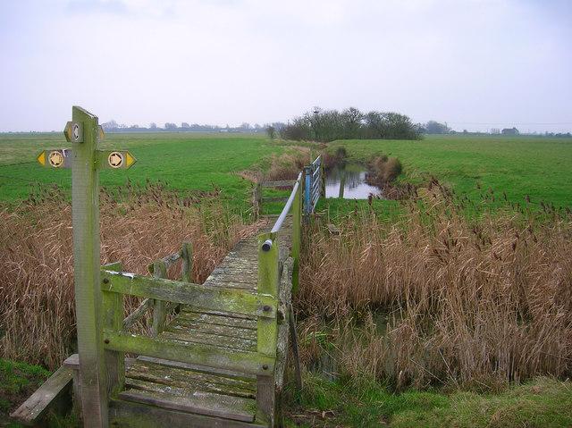 Footpath crossroads, East Guldeford Levels
