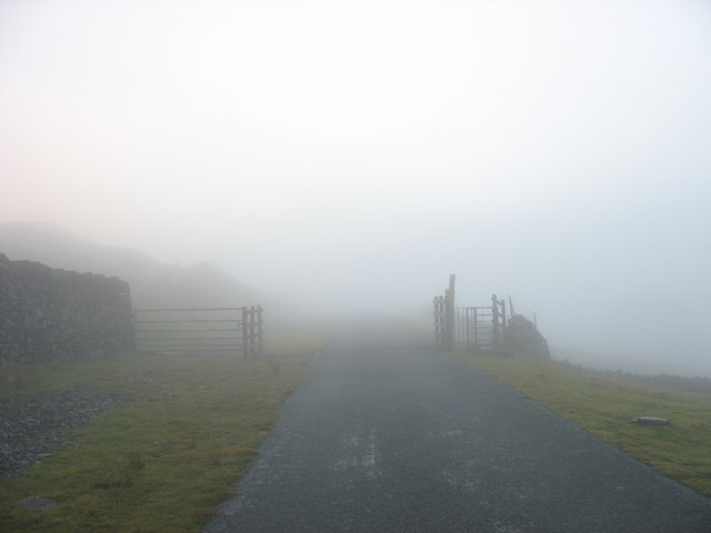 Cattle-grid at farm boundary on the First Hydro road