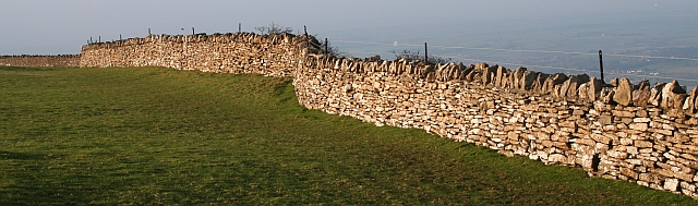 Cotswold Stone Wall, Bredon Hill Fort