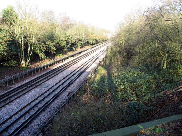 Piccadilly Line to Oakwood