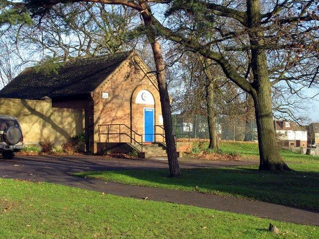 Oakwood Park, London N14 Tennis Hut