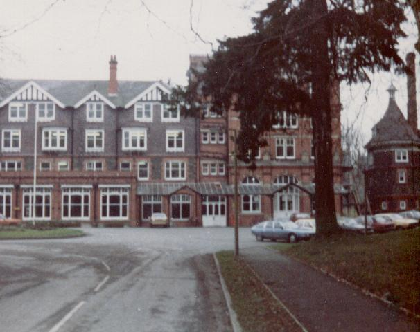 Powys County Hall (1982)