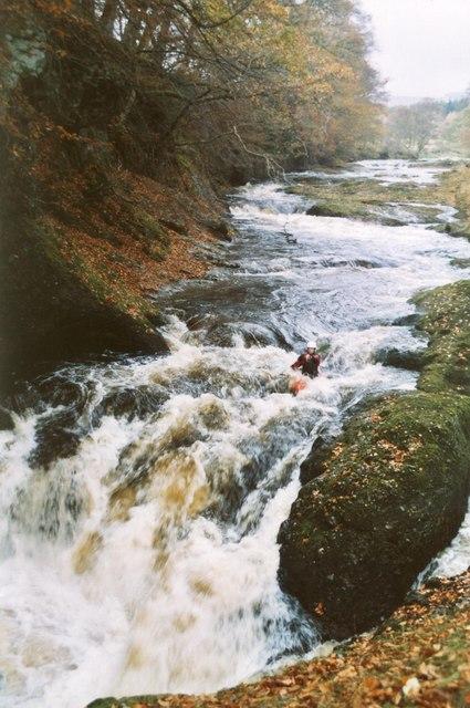 River North Esk Loups