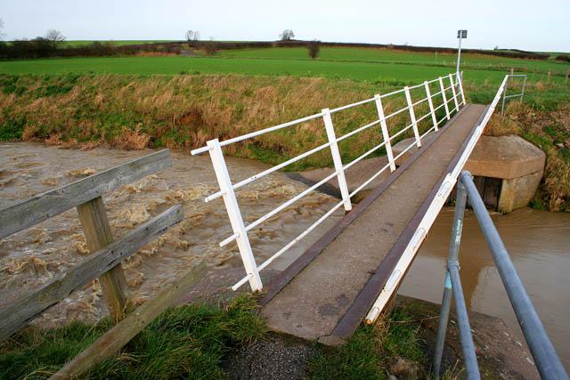 Footbridge on Fallow Lane