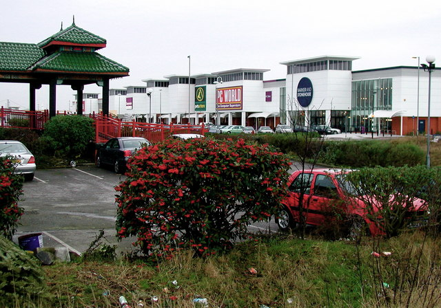St. Andrew's Quay Retail Park, Hull