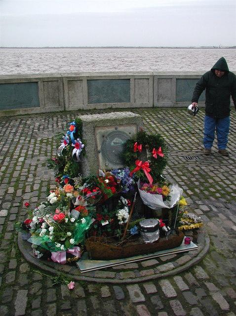 Fishermen's Memorial, St. Andrew's Dock