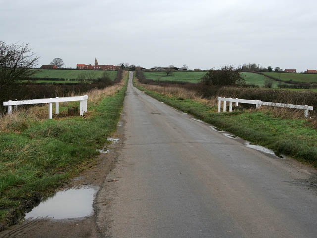 Road between Westborough and Dry Doddington