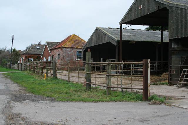 Barns on Main Street, Dry Doddington
