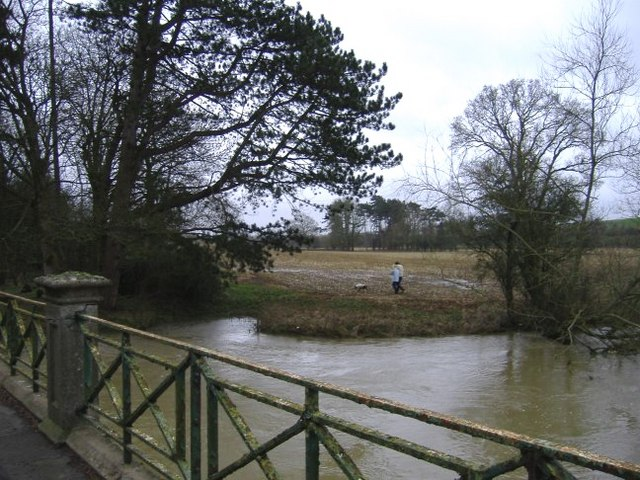 River Avon from Cow bridge