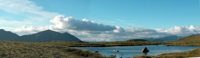 Lochan on west ridge of Beinn Fhionnlaidh