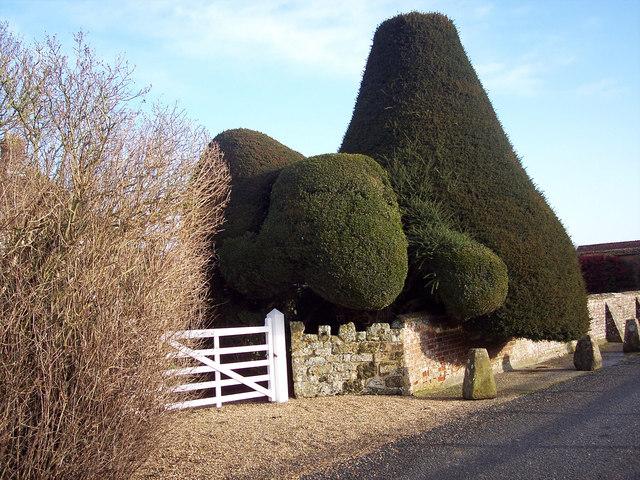 Entrance to Croucheston Farmhouse