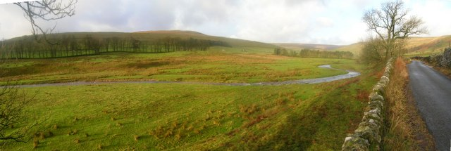 River Skirfare and road to Halton Gill