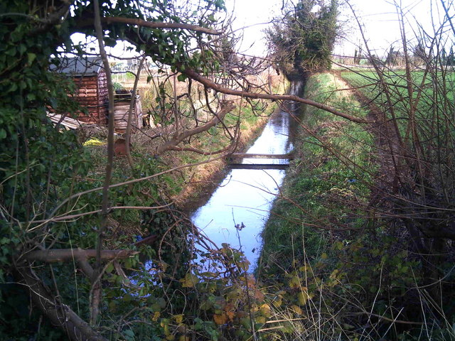Drainage ditch alongside the allotments, Langtoft