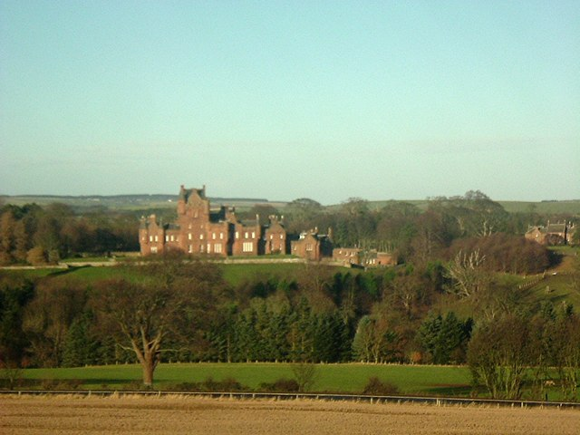 The grounds of Ayton Castle
